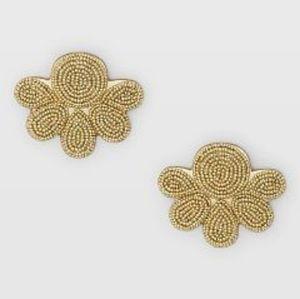 🌼 NWOT Club Monaco beaded fan earrings